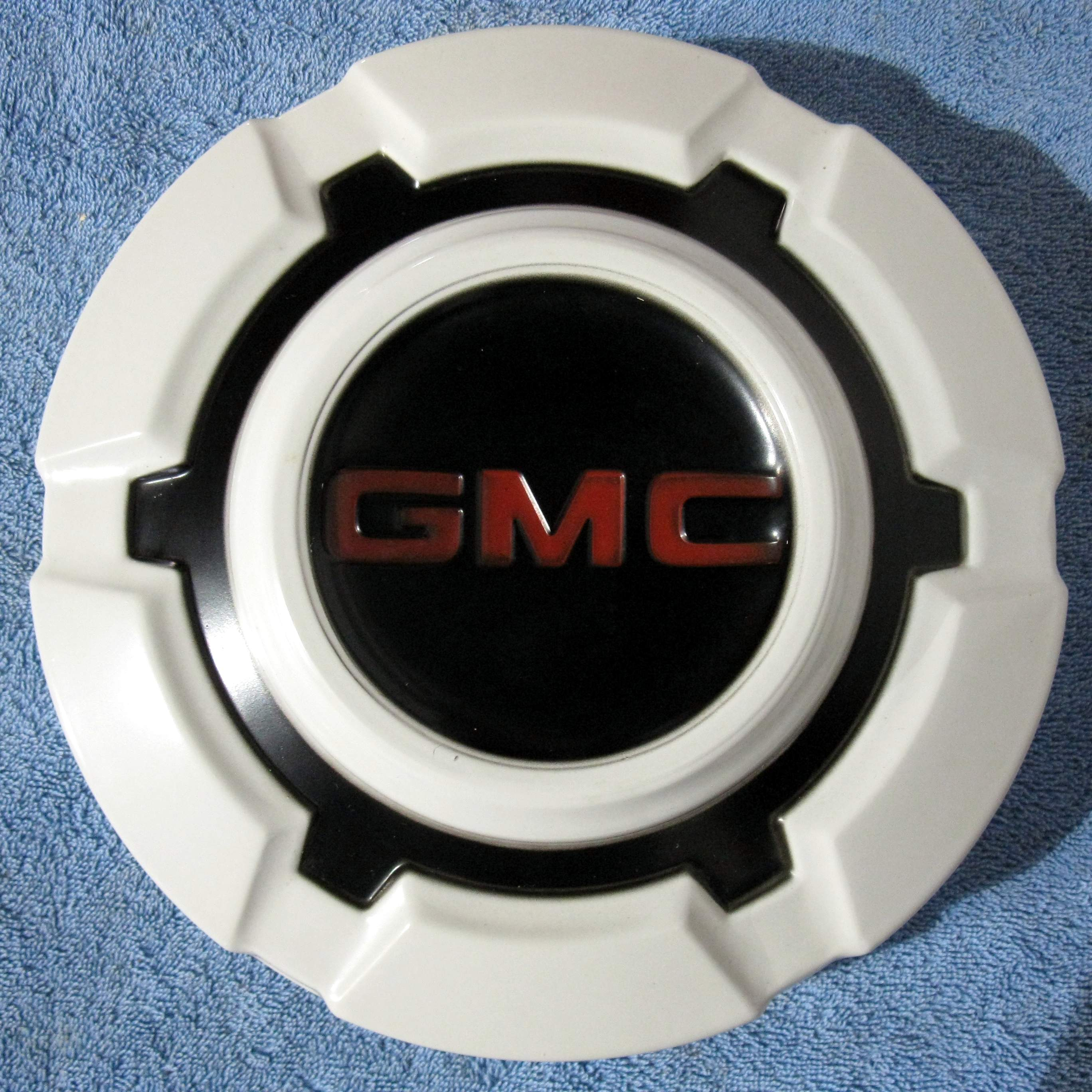 1960 S Gmc Hubcaps Wheel Covers And Rims